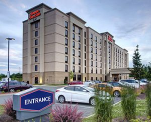 The Hampton Inn – Dartmouth Crossing